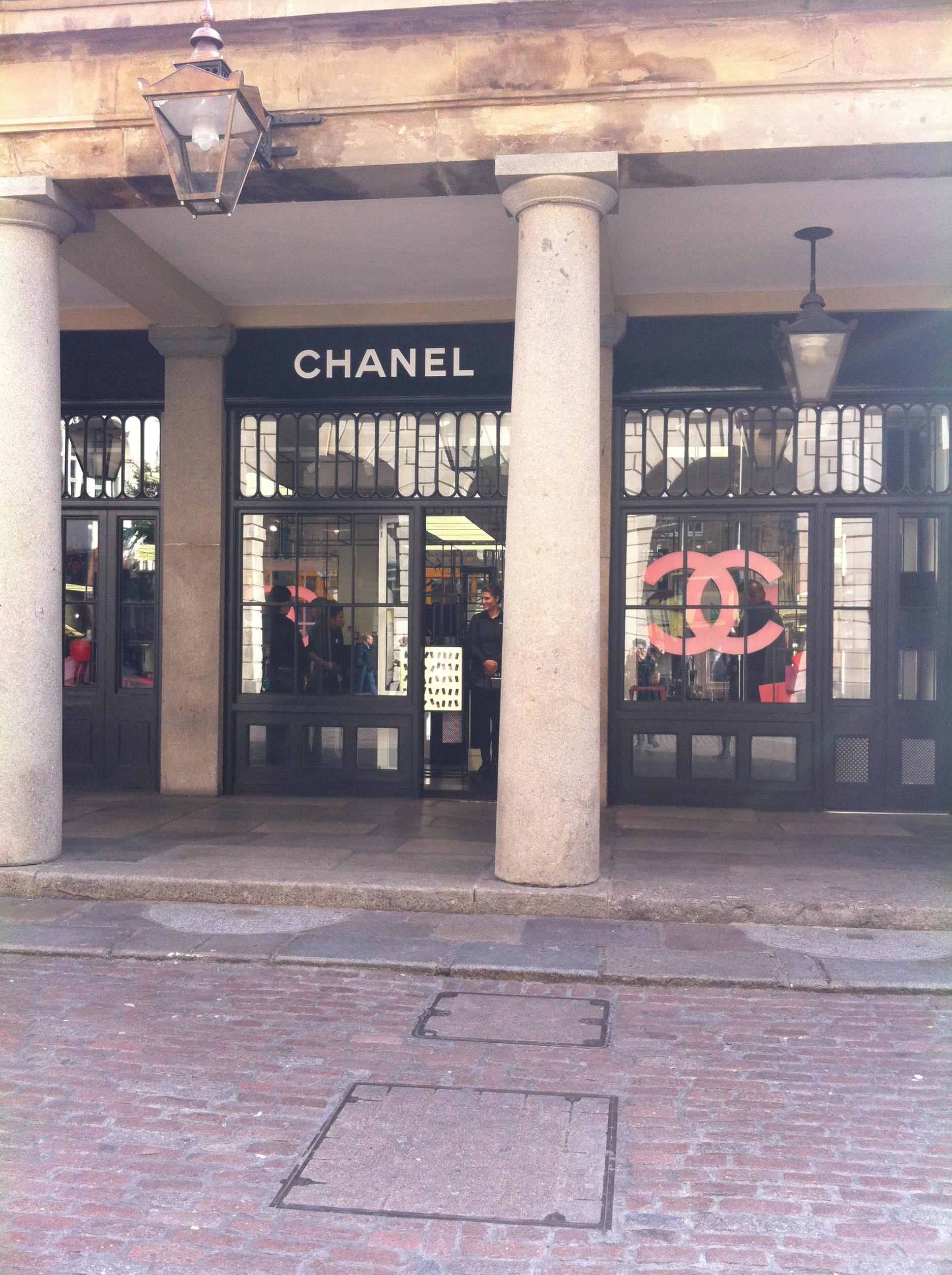 chanel pop up shop covent garden
