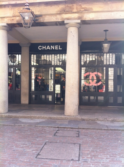 chanel pop up shop covent garden